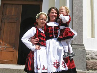 Sebestyén Margit, Sekler Traditional Wear Manufacturing