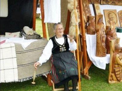 Kovács Berta Anna, Ţesător